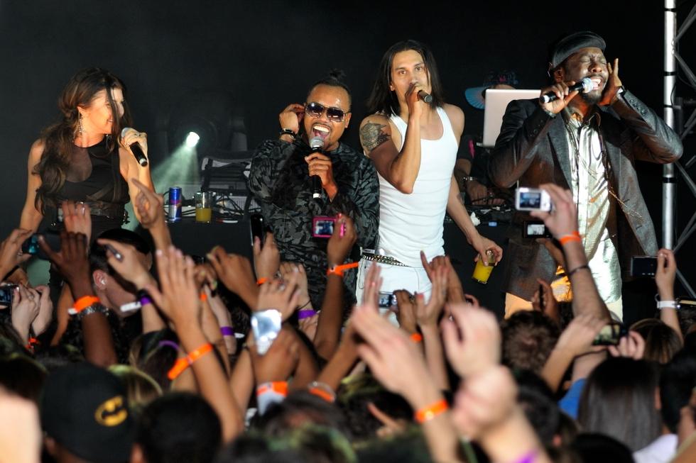 Les Black Eyed Peas en concert au VIP Room Paris